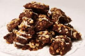 Kue Kacang Cokelat Bergaris